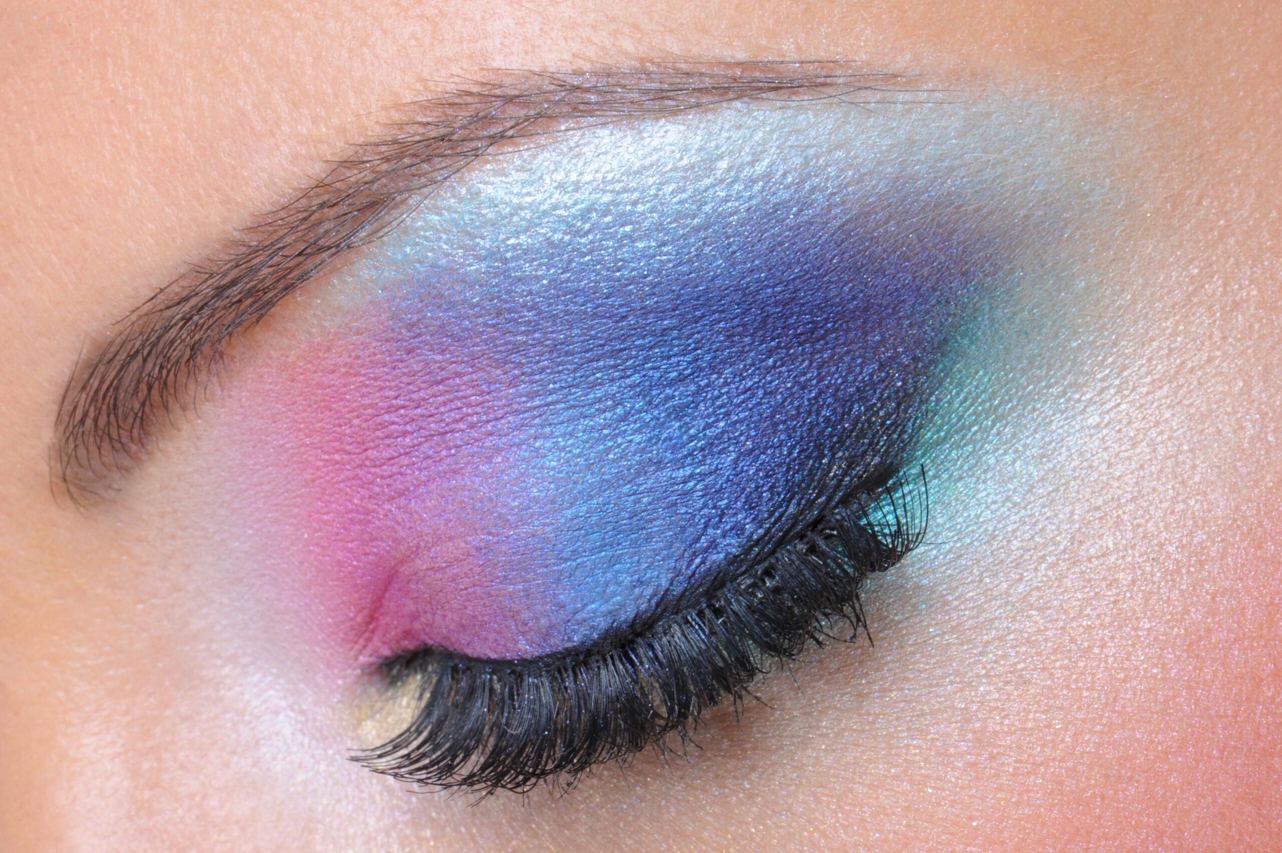 inverno-maquiagem-olhos-vibrantes-degradee